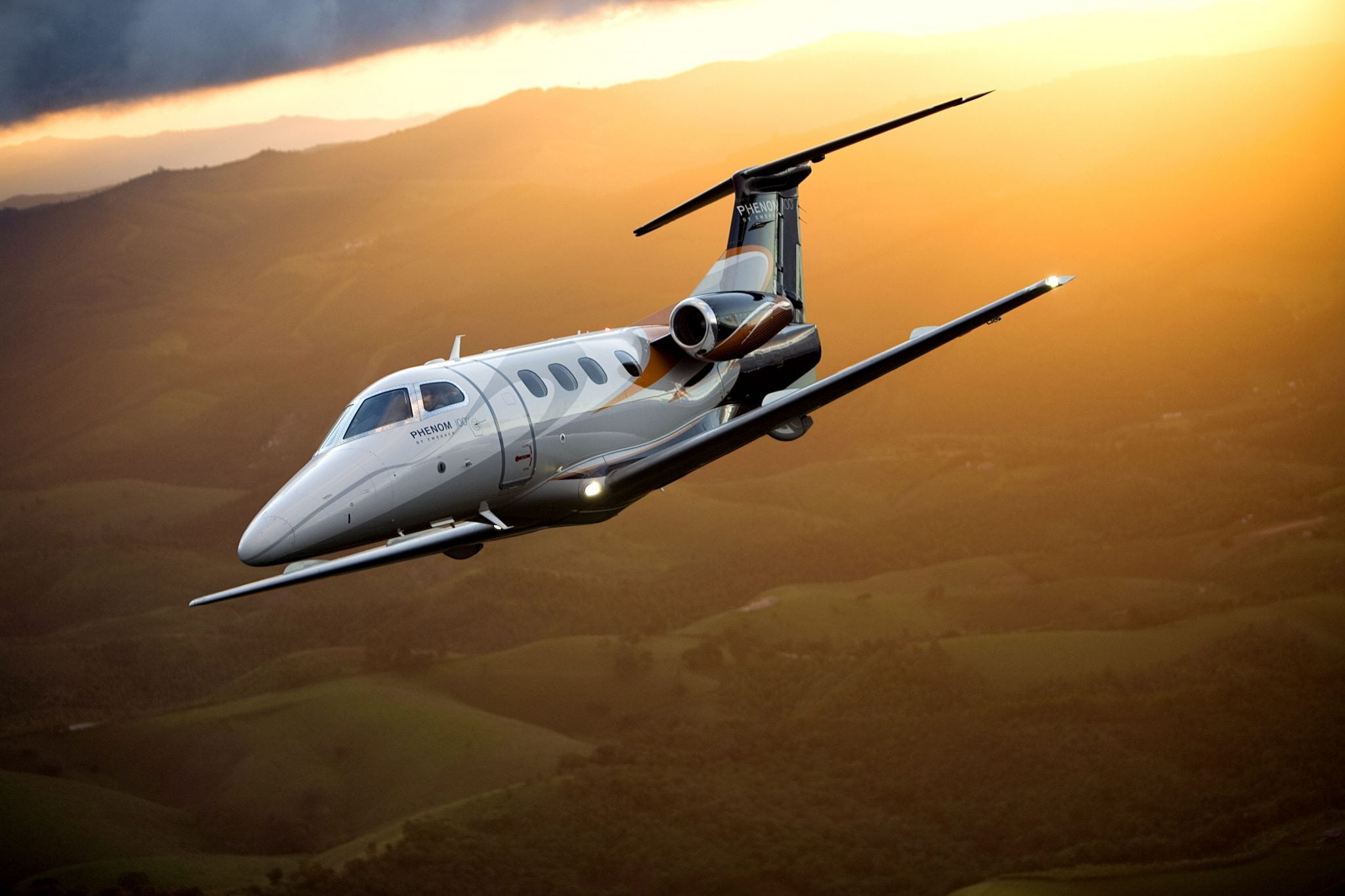 Embraer Phenom 100 business aviation jet
