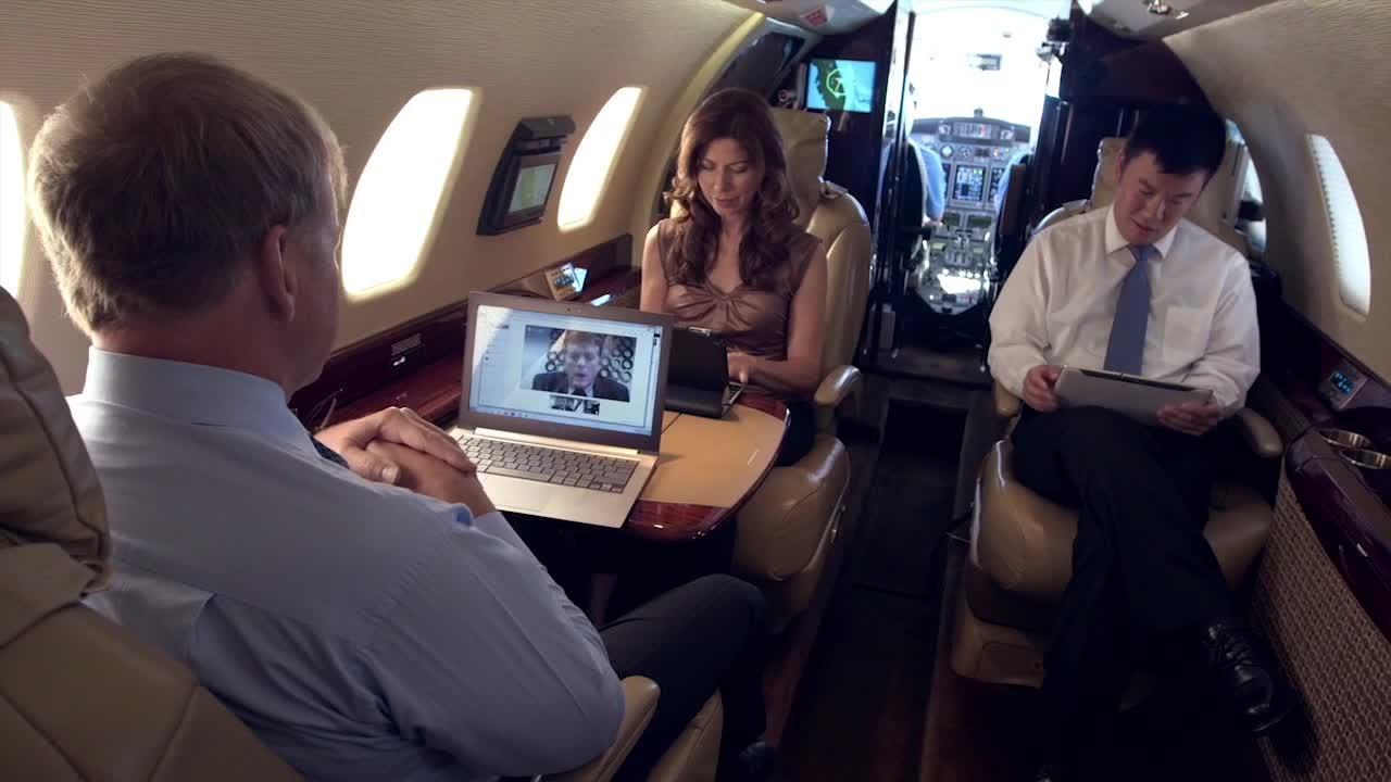 Passengers using the high speed SmartSky Network
