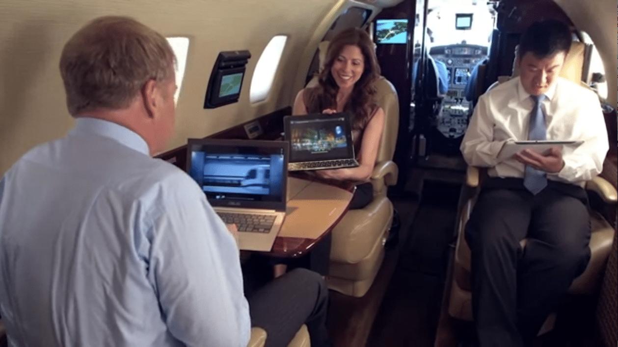 Passengers using SmartSky Networks network in flight