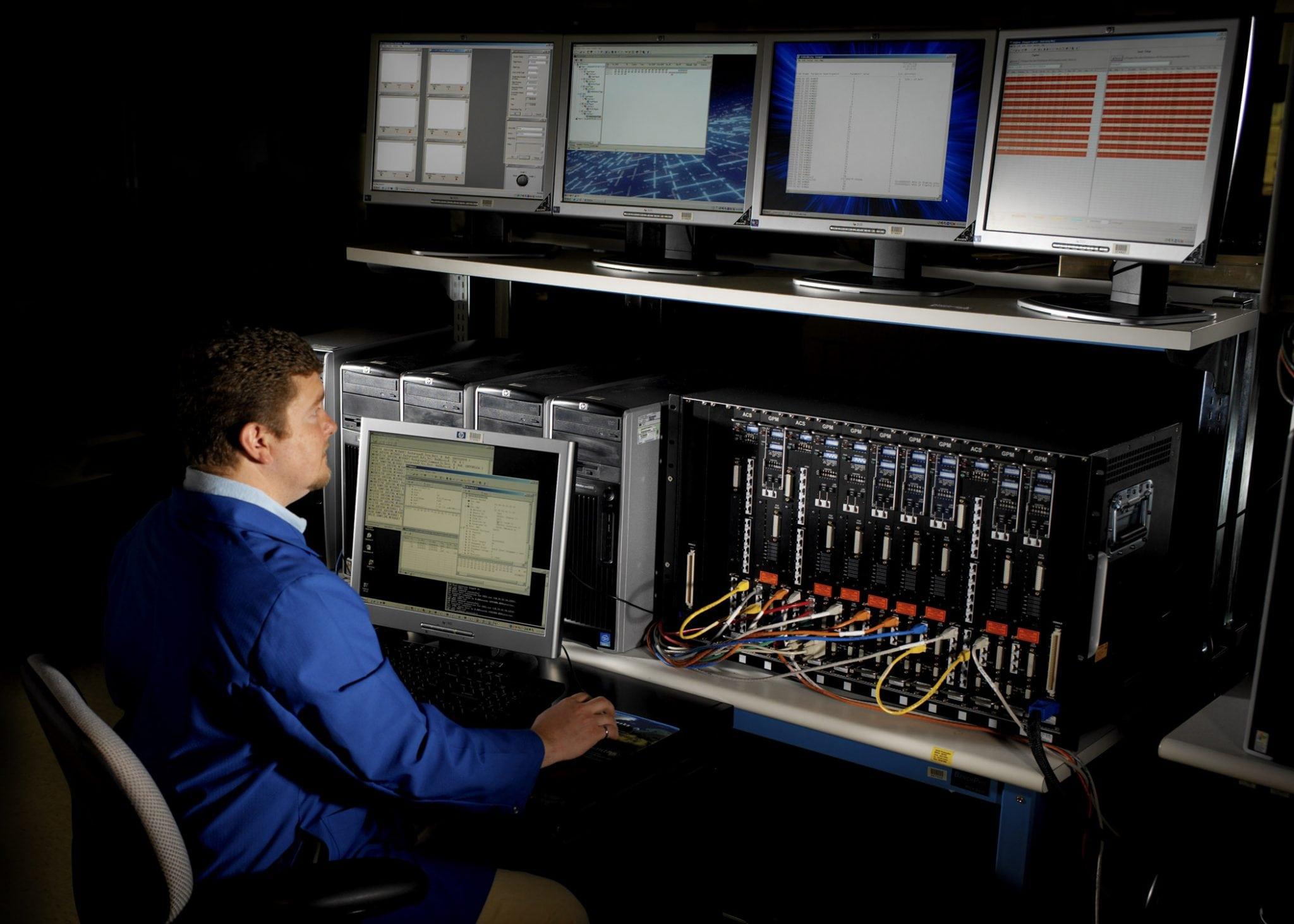 The GE common core avionics system