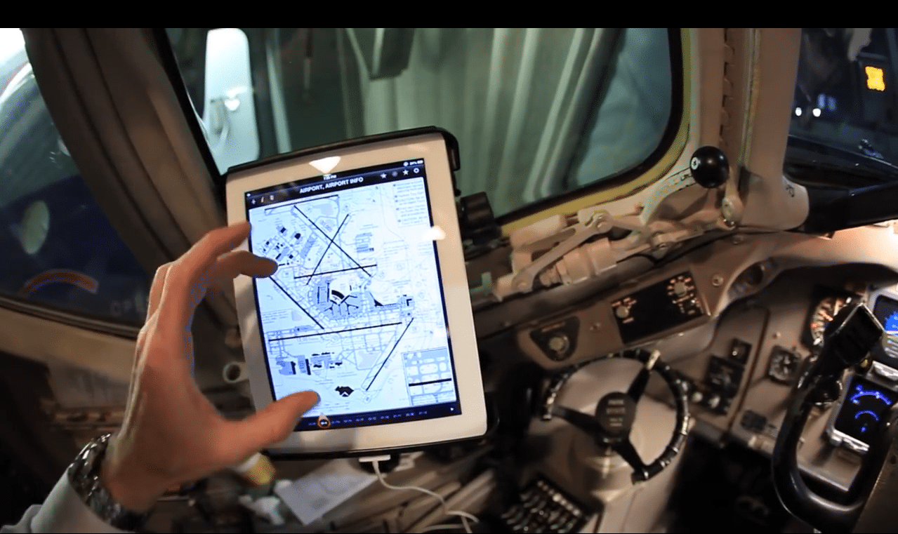 American Airlines electronic flight bag app