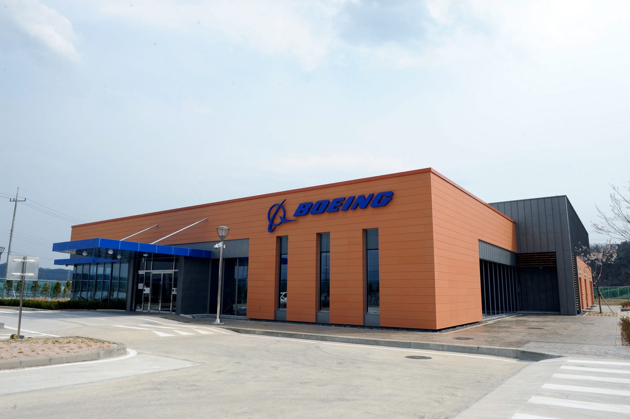 New Boeing avionics facility showcases investment in Korean aerospace industry.