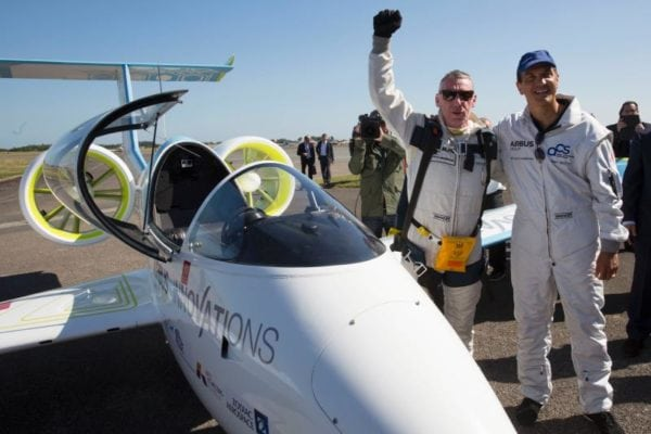 Airbus Group s E-Fan technology demonstrator became the world s first all-electric two engine aircraft taking off by its own power to successfully cross the Channel on 10 July 2015, some 106 years after Louis Bleriot epic flight. Here just after the landing in Calais, Airbus Group Chief Technology Officer Jean Botti (right) welcomes the test pilot Didier Esteyne.