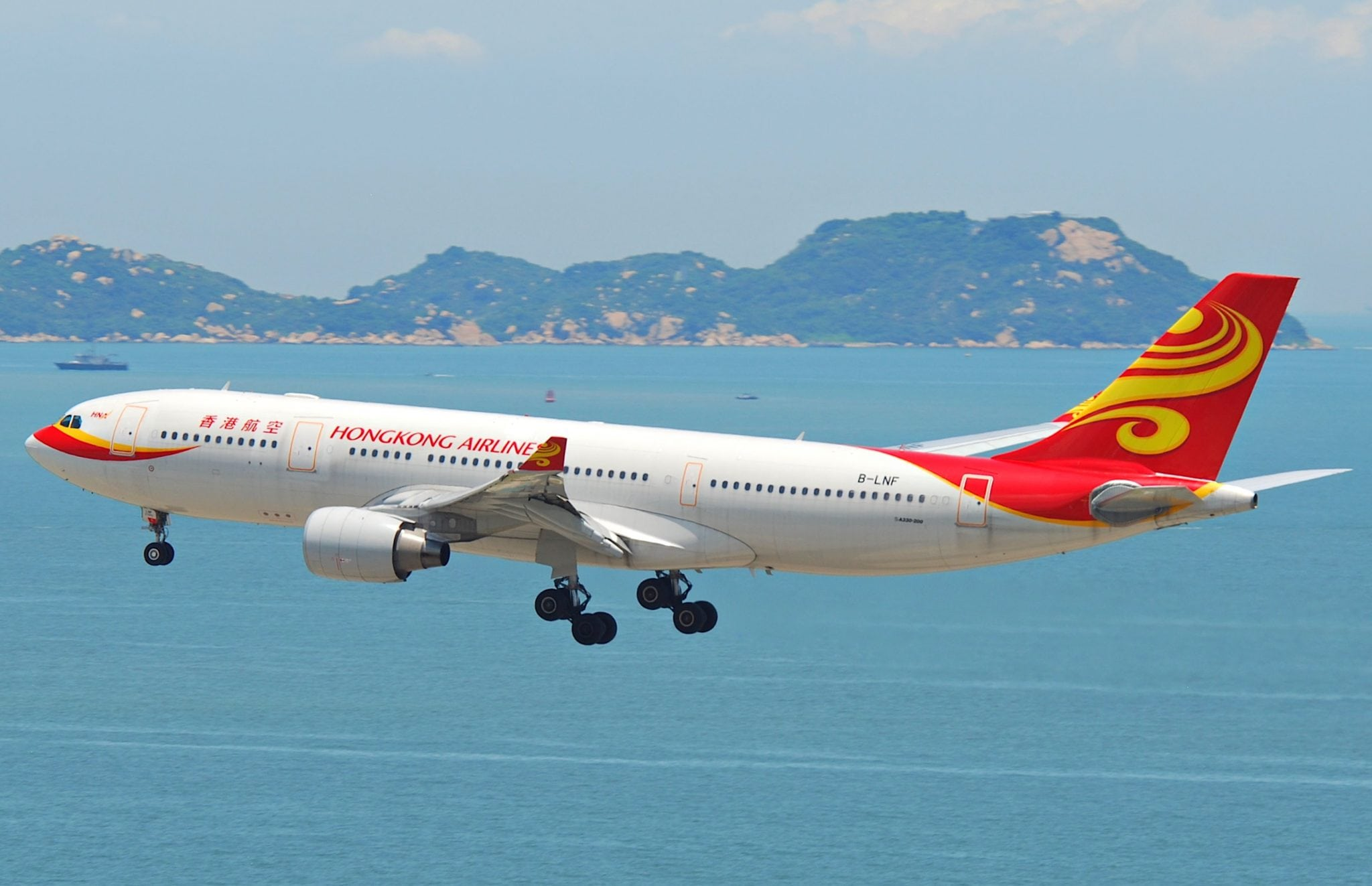 Hong Kong Airlines signed an agreement earlier this summer at the Paris Air Show with AirCom Pacific to install IFEC systems on-board Hong Kong Airlines aircraft