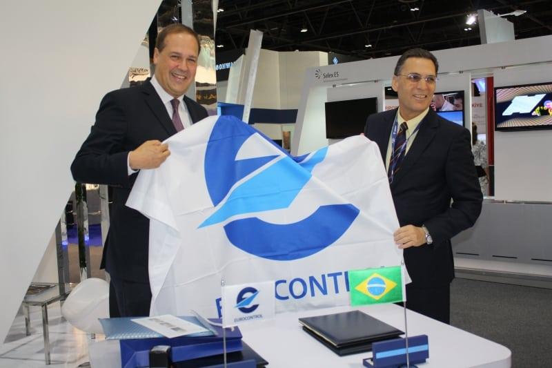 Frank Brenner, director general of Eurocontrol with Tenente Brigadeiro do Ar Carlos Vuyk de Aquino, director general of the Brazilian Department of Airspace Control (DECEA) at ATC Global 2015