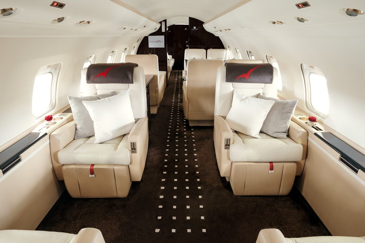 VistaJet will add Jet Connex Broadband to its business jet fleet under a new deal with Rockwell Collins.