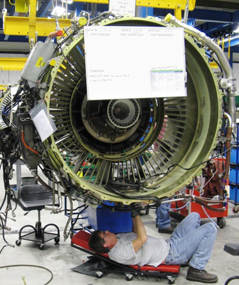 American Airlines technician completing MRO work