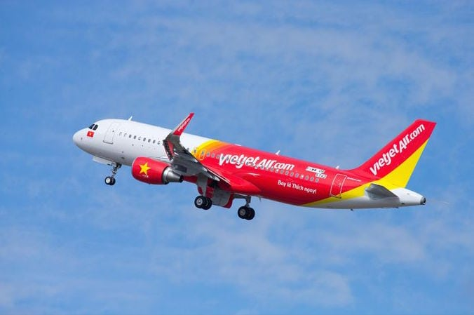 At the 2016 Singapore Airshow, Airbus signed an agreement to provide flight and maintenance training services to Vietjet in Ho Chi Minh City
