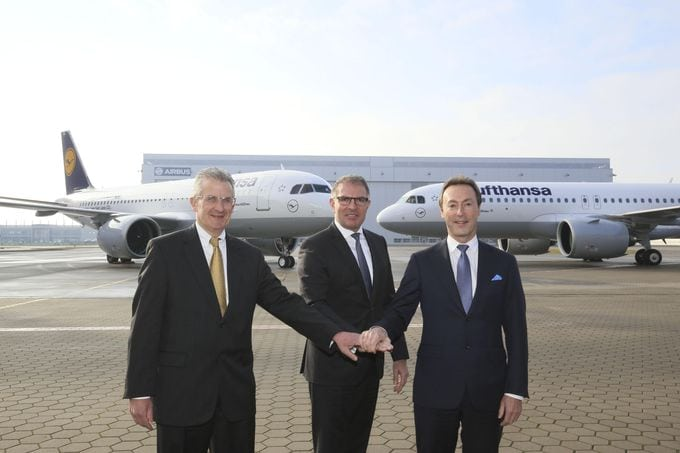 Lufthansa takes delivery of the world's first Airbus A320neo as launching customer. Robert Leduc, President of Pratt & Whitney, Carsten Spohr, Chairman of the Board and CEO of the Lufthansa Group, Airbus President and CEO Fabrice Brégier