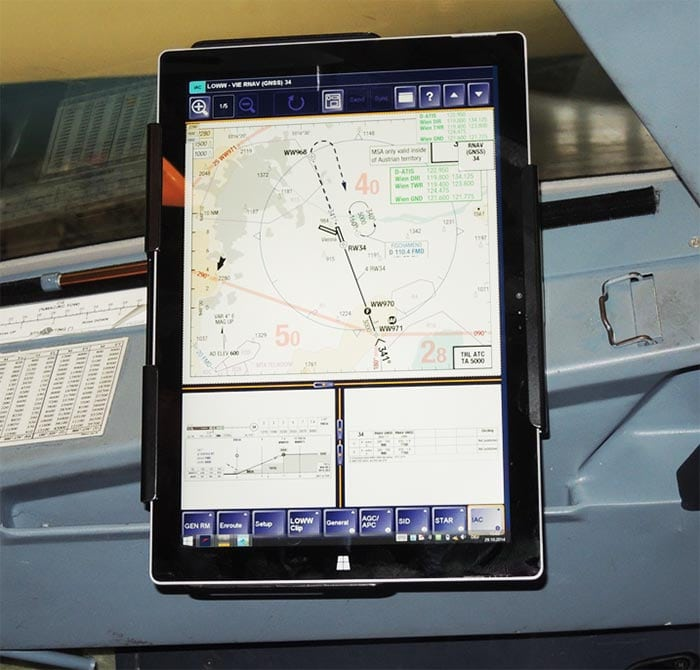 Lufthansa Electronic Flight Bag system