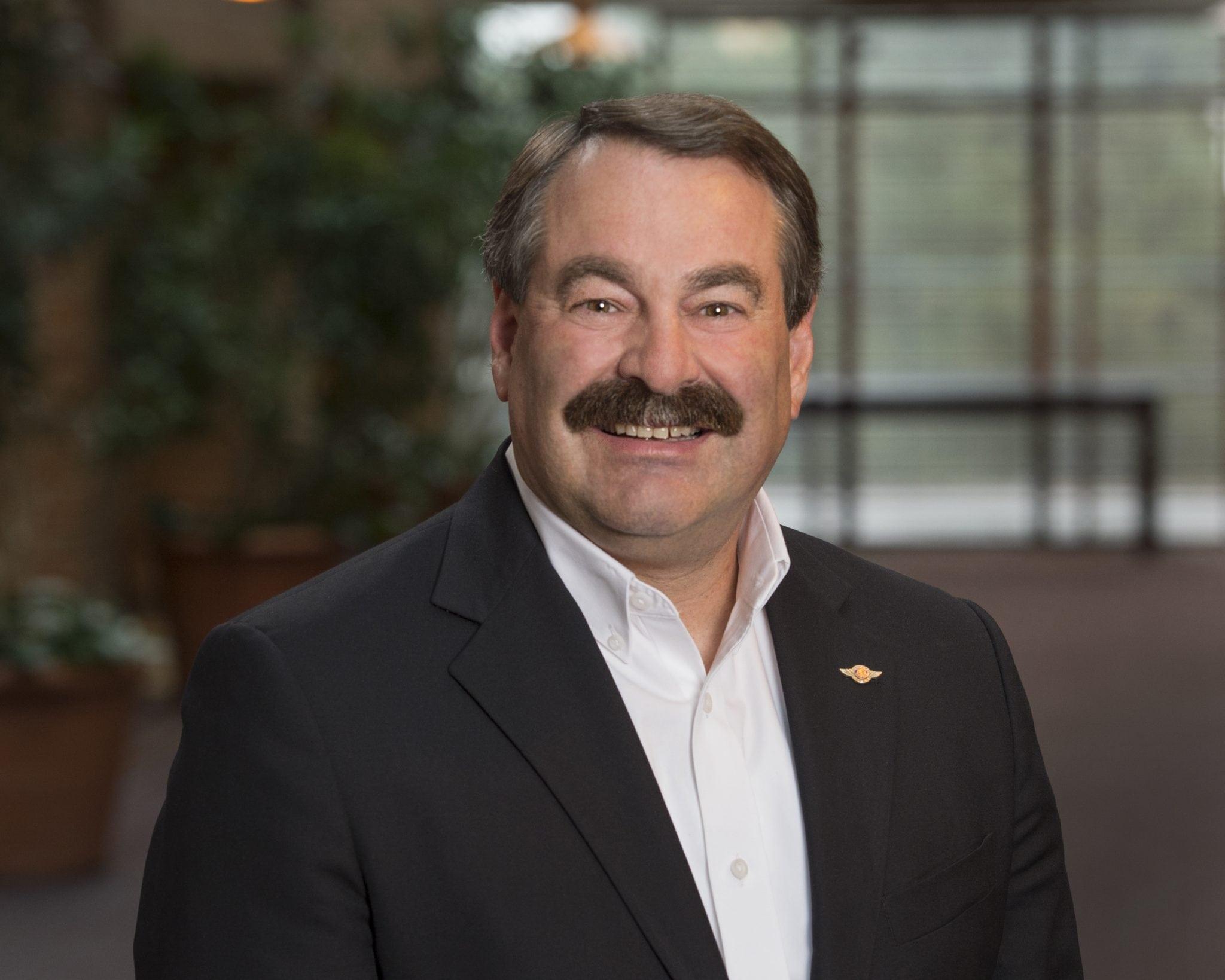 Mark Van Tine, current Boeing VP of digital aviation, set to step down in June 2016