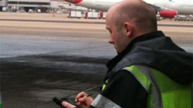 Airline employee using Rockwell's ARINC AirTQM tool