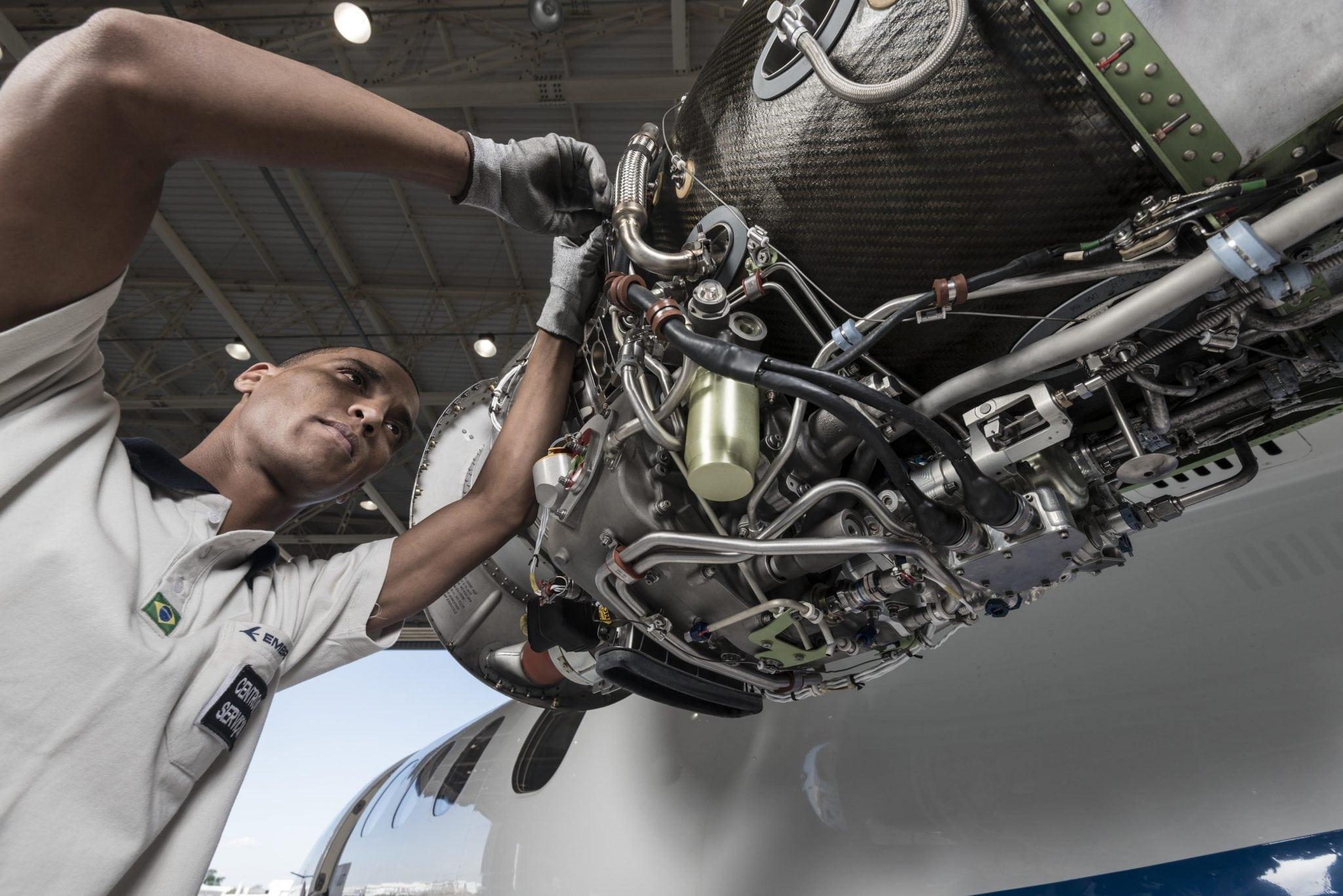 Maintenance technician at Embraer's Sorocaba Service Center