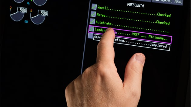 Rockwell Collins touchscreens to be integrated in the Boeing 777X