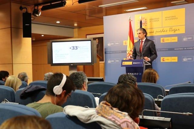 Minister of Development for Spain, Íñigo de la Serna, gives a presentation on the new air navigation plan. Photo: ENAIRE.