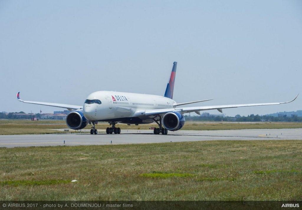 A350-900-MSN115-Delta-take-off-001