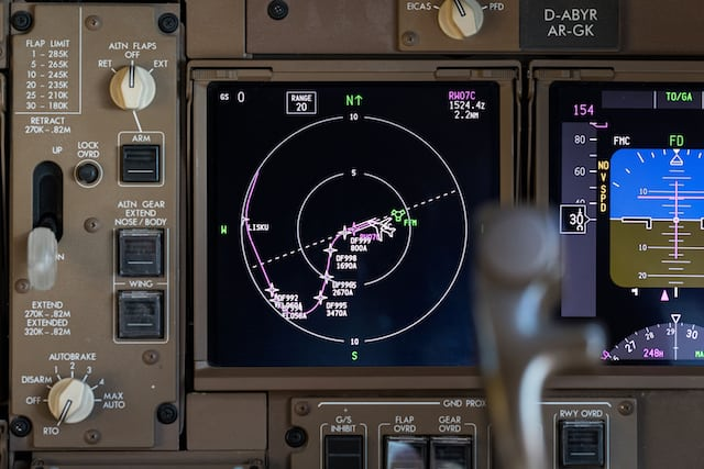 The new precision navigation system, which has been tested since 20 July by German air traffic control, Fraport and Lufthansa, is to be used for the launch of true flight decks in Frankfurt. Photo: DFS.