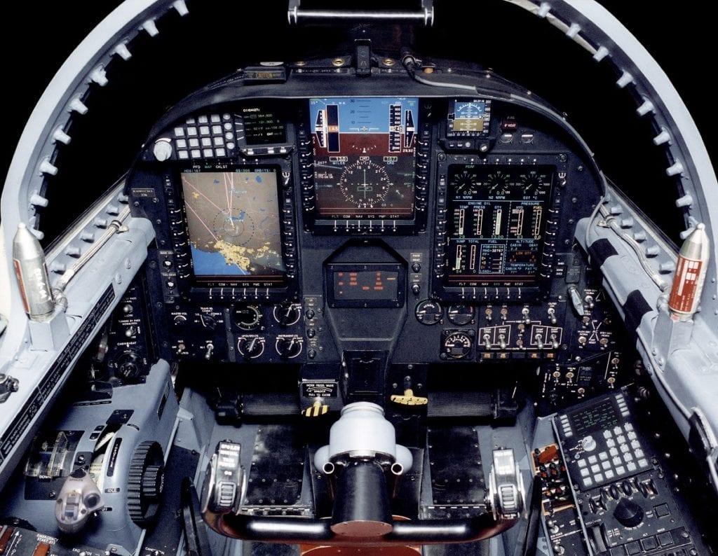 """الولايات المتحدة تحيي طائرة الاستطلاع """"يو-2"""" Ramp1-1024x794"""